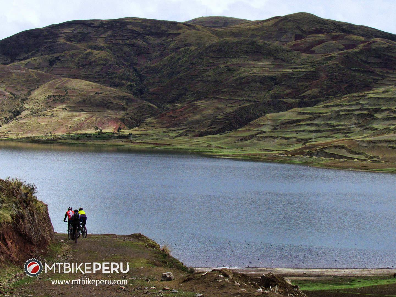 four lakes cusco mtb